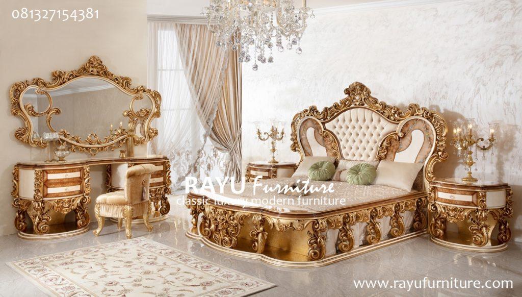 Tempat Tidur Klasik